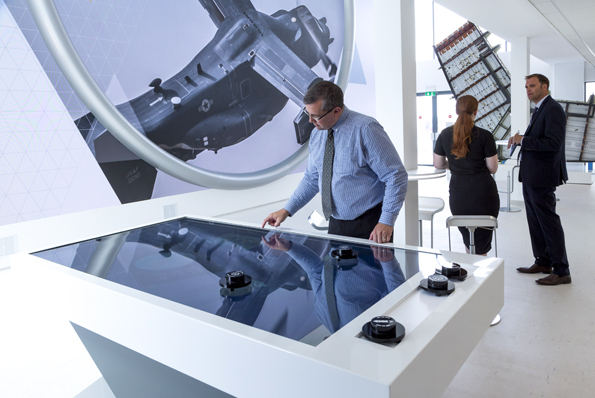 Ouno creative Touch table design for GKN_M188106 web