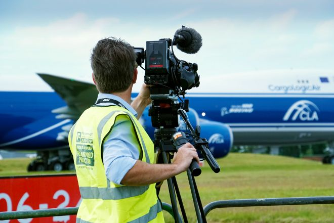BoeingFilming_enhanced-sfw